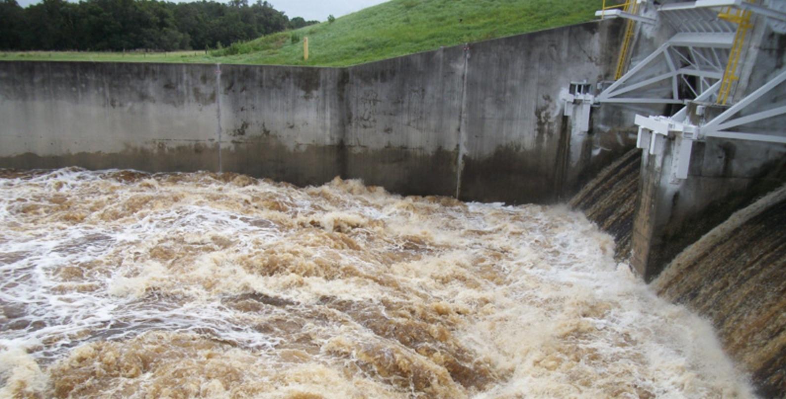 Lake Manatee Dam